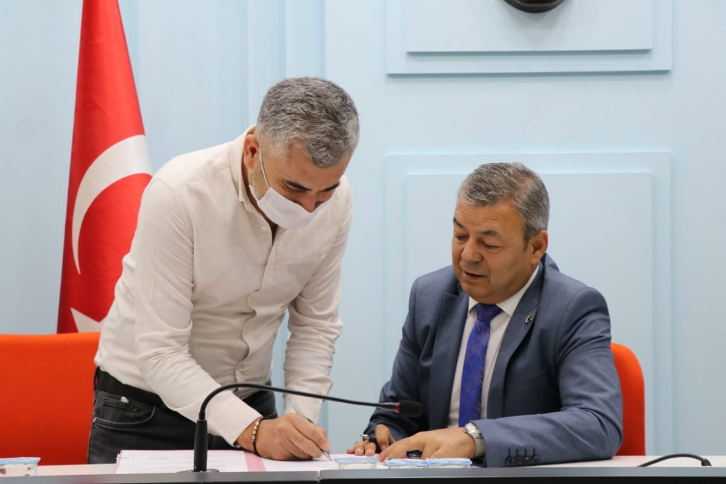 İzmir'de 50 Milyon TL Kırsal Kalkınma Yatırımına Hibe Desteği